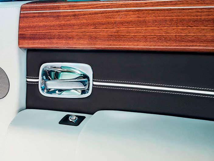 Фото | Серебряные дверные ручки Rolls-Royce Phantom