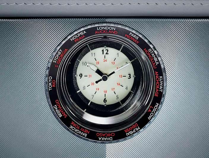 Фото | Мировые часы в салоне Rolls-Royce Phantom Metropolitan