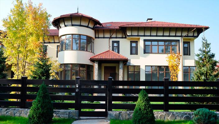 Дом на Рублевке площадью 2 500 кв. м.