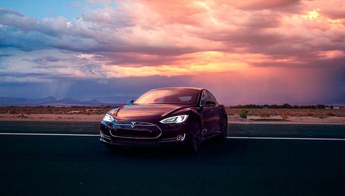 Спорт-седан Tesla Model S P85D | фото, цена, мощность
