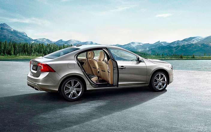Volvo S60L: производство налажено в Китае