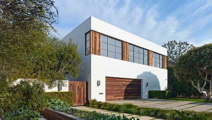 Джейсон Стейтем подарил девушке дом в Беверли-Хиллз | фото