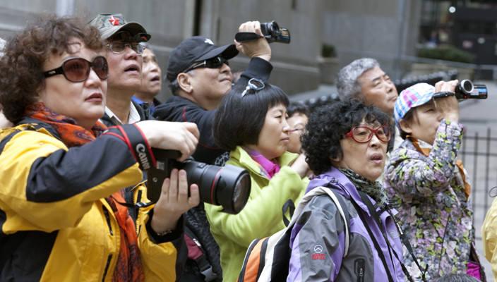 Щедрость по-китайски: Tiens Group отправит 6400 сотрудников в отпуск во Францию