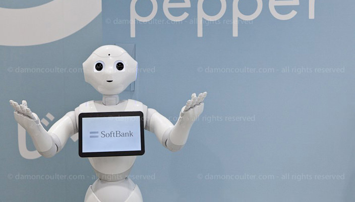 За минуту робот Pepper в Японии купили 1000 человек | цена
