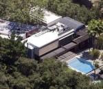 Деми Мур продаст дом, в бассейне которого утонул парень