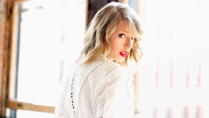 Тейлор Свифт самая высокооплачиваемая певица в мире | фото