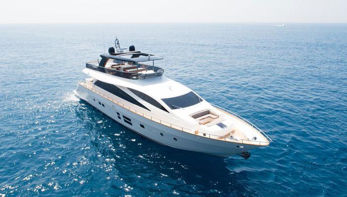 30-метровая яхта Baccarat от Amer Yachts | фото, цена аренды