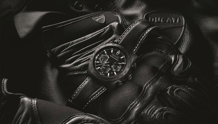 Tudor выпустил часы-хронографы совместно с Ducati | инфо