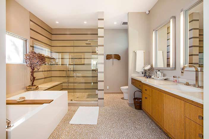 Ванная комната в доме звезды Эмилии Кларк