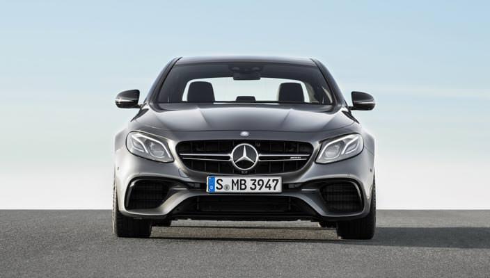 «Заряженный» седан Mercedes-AMG E63