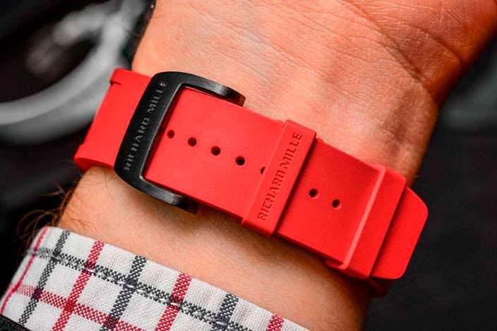 Красный ремешок часов Richard Mille RM 50-01 G-Sensor
