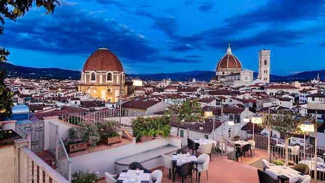 Королевский номер в отеле Grand Hotel Baglioni во Флоренции