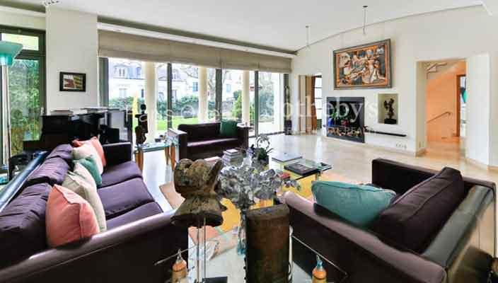 Селин Дион продает четырехэтажный дом в Париже | фото, цена