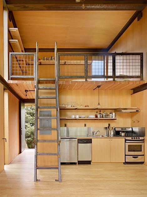 Кровать над кухней