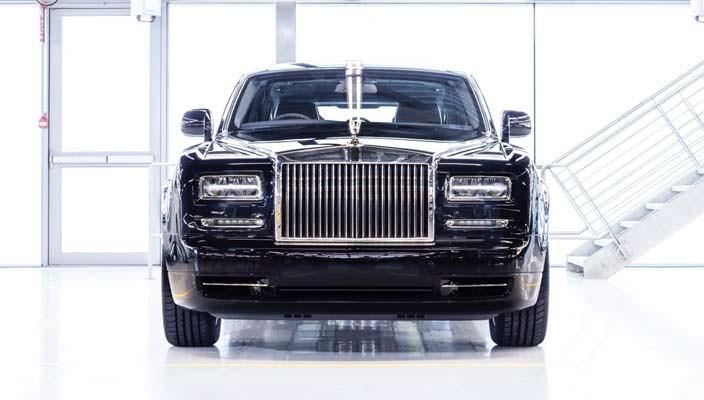 Вышел последний лимузин Rolls-Royce Phantom VII | фото, инфо