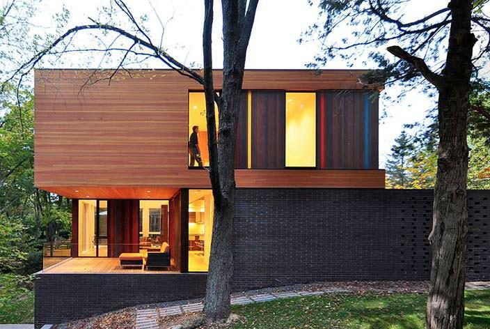 Практичный двухэтажный дом