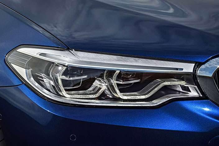 Фара BMW 5-Series Touring G31