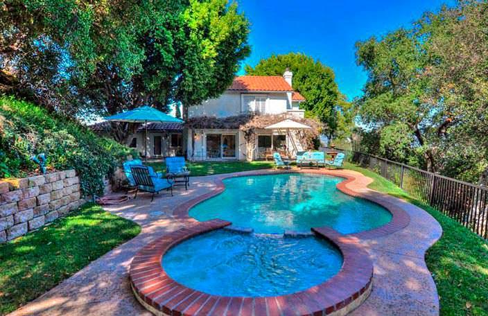 Спа и бассейн у дома