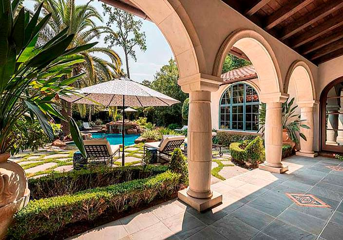 Средиземноморский оазис на заднем дворе