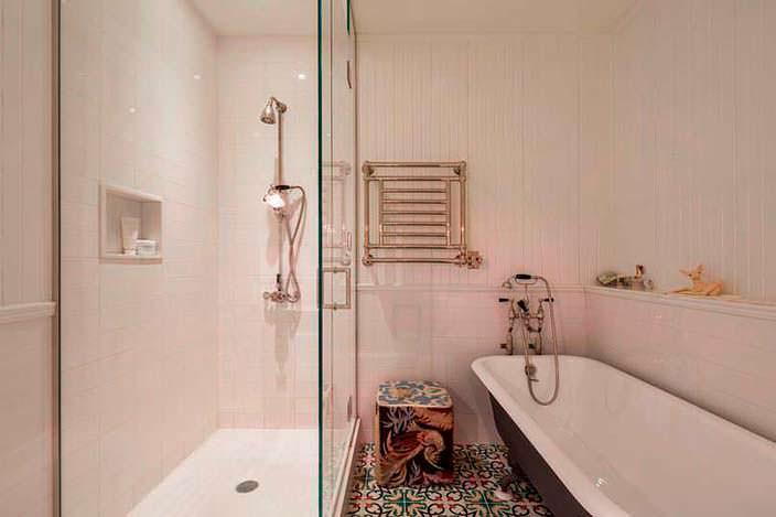 Интерьер маленькой ванной в квартире