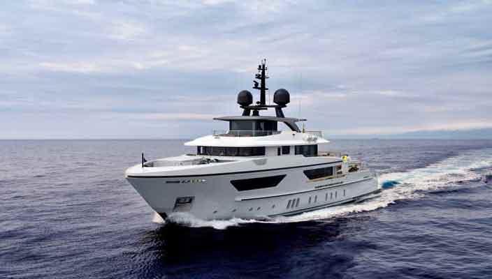 Экспедиционная яхта 460EXP от верфи Sanlorenzo | фото, инфо