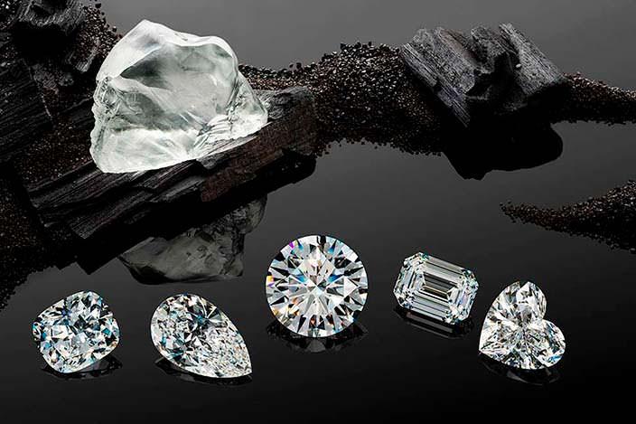 Драгоценности из алмаза Queen of Kalahari весом 342 карата