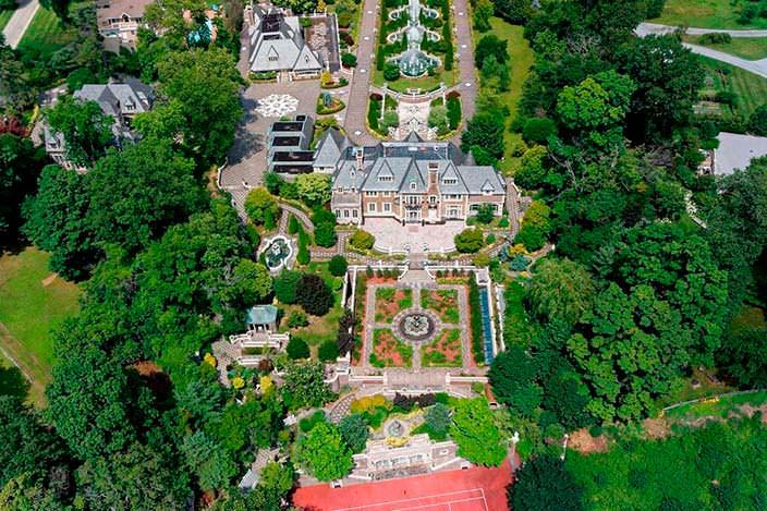 Фото | Вилла в колониальном стиле на Лонг-Айленде за $85 млн