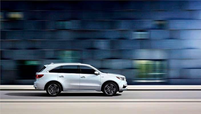 Семиместный Acura MDX Sport Hybrid