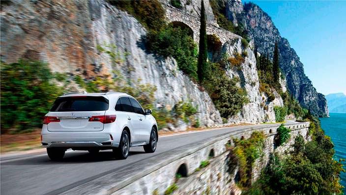 Гибридный Acura MDX Sport Hybrid
