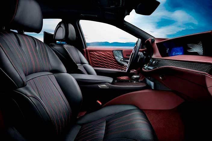 Салон Lexus LS 500h