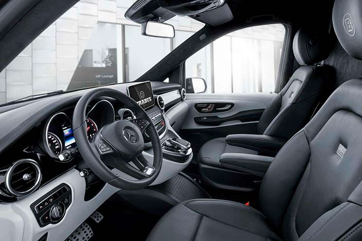 Водительское место в Brabus Mercedes V-Class