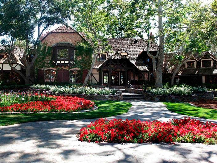 Дом в нормандском стиле на ранчо Джексона
