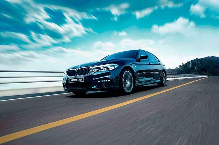 Удлиненный седан BMW 5-Series Li 2018 года