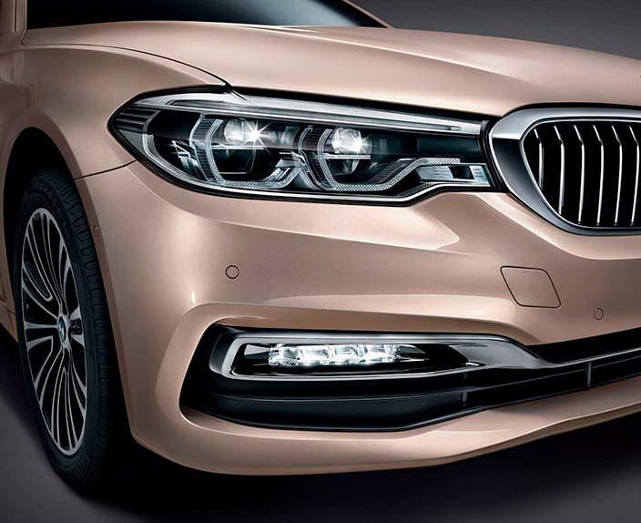 Фары BMW 5-Series Li нового поколения