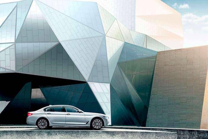 Новое поколение BMW 5-Series Li 2018 года