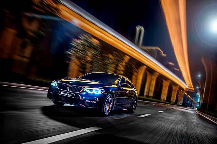 2018 BMW 5-Series Li: седан с удлиненной колесной базой
