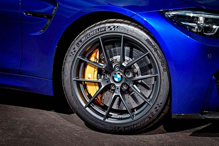 Фото | 2018 BMW M4 CS: 19-дюймовые колеса