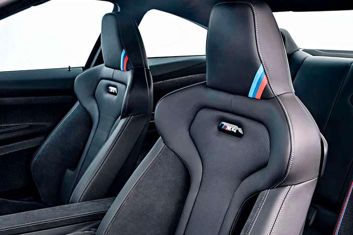 Спортивные сиденья BMW M4 CS