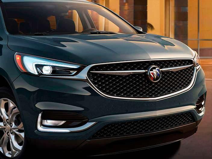 Фото | Кроссовер 2018 Buick Enclave Второго поколения