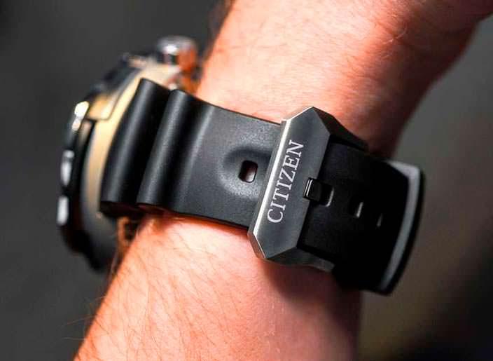 Резиновый ремешок дайверских часов Citizen Eco-Drive