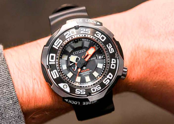Часы для глубоководных погружений Citizen Eco-Drive Promaster
