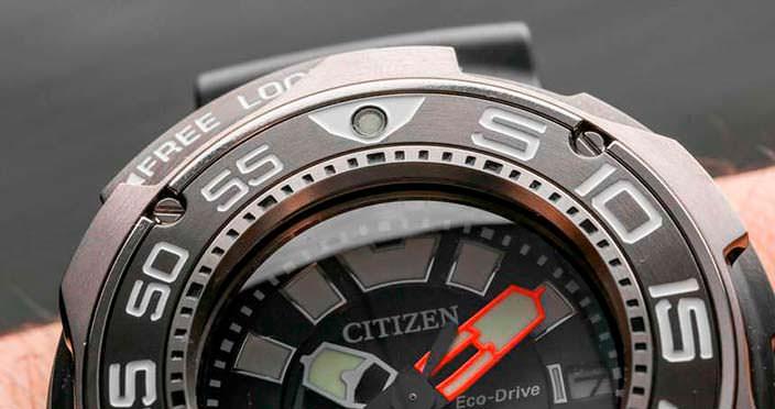 Дайверские часы Citizen Super Titanium