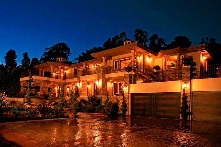 Фото | Дом в итальянском стиле Крис Дженнер в Лос-Анджелесе