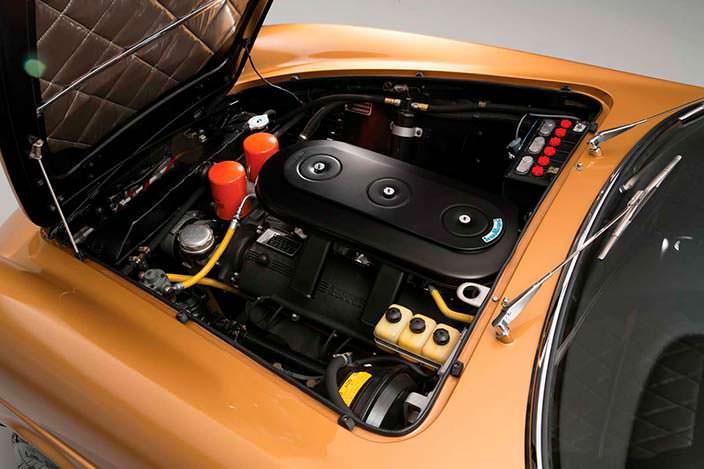 Фото | Под капотом Ferrari 330 GTC