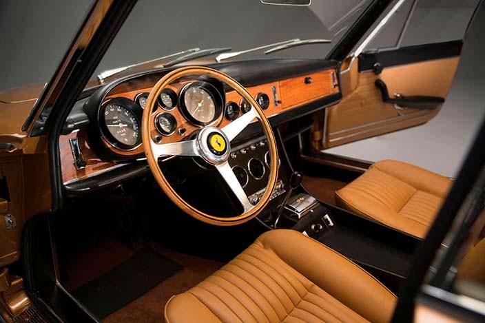 Фото | Салон Ferrari 330 GTC