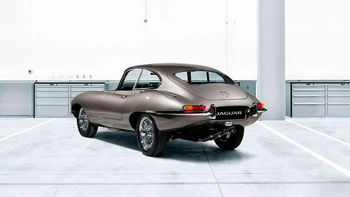 Фото | Британский спорткар Jaguar E-Type Reborn