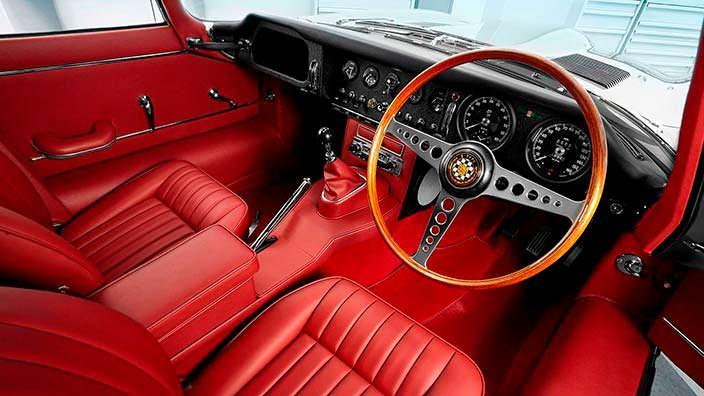 Фото | Салон Jaguar E-Type Reborn