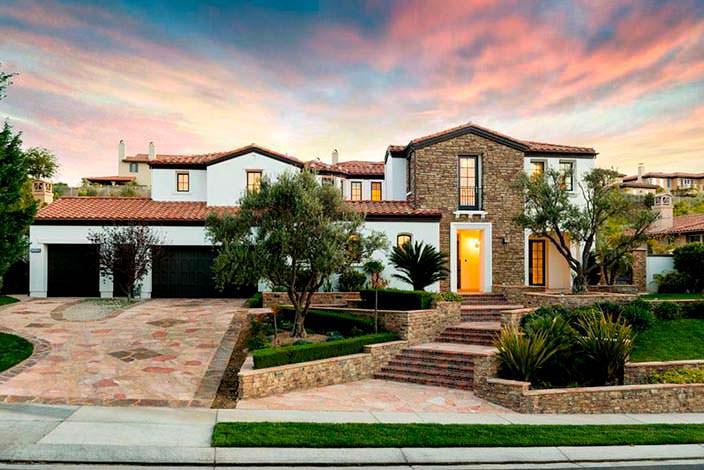 Фото | Дом Кайли Дженнер в долине Сан-Фернандо, Калифорния