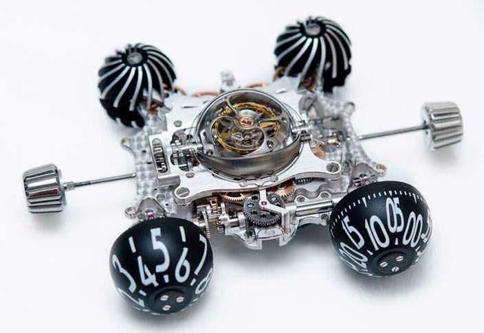 Фото | Разобранные швейцарские часы MB&F HM6