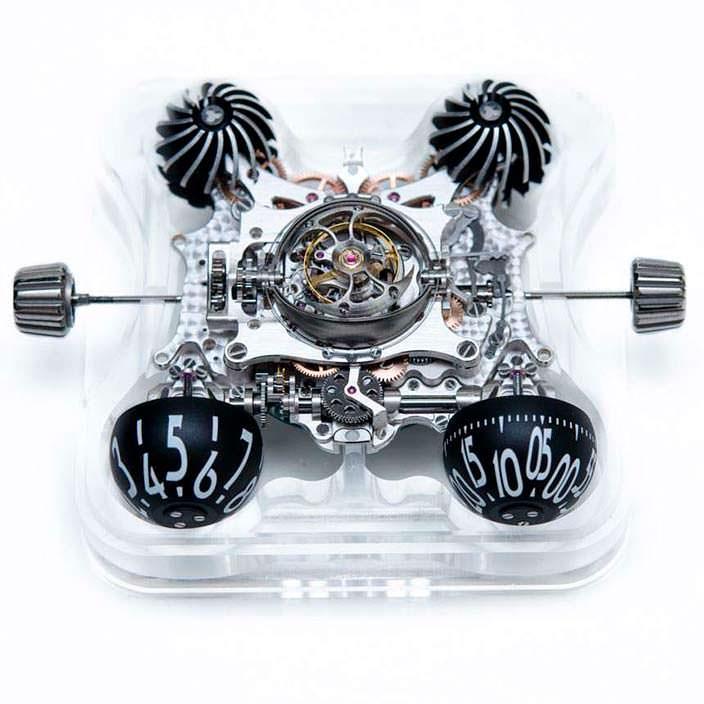 Фото | MB&F HM6: часы в сапфировом кристалле